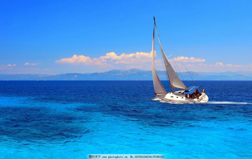 白云 大海 帆船