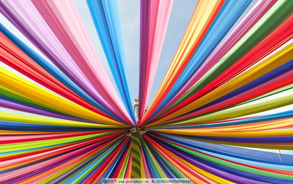 缤纷色彩布条组成的背景