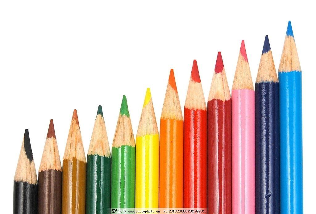 一排彩色铅笔图片