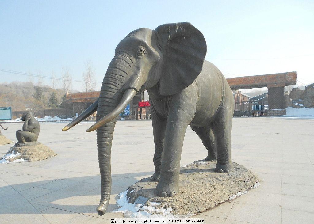 大象雕塑图片
