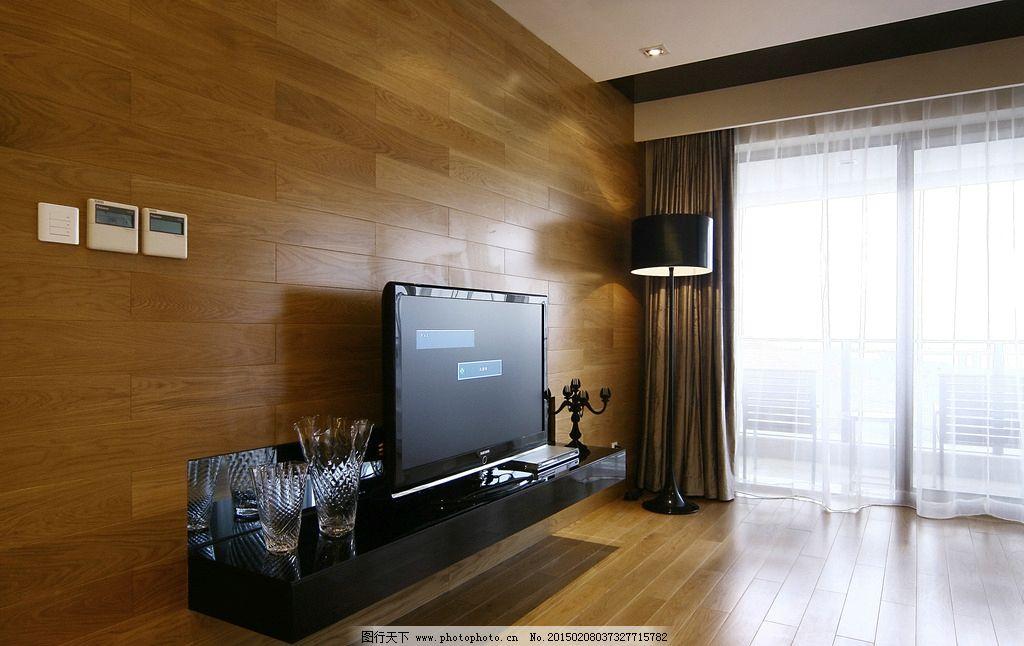 室内场景 壁画 电视 桌子