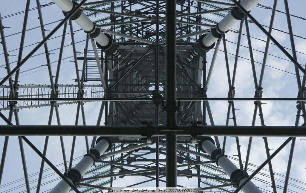 电线塔图片_工业生产_现代科技