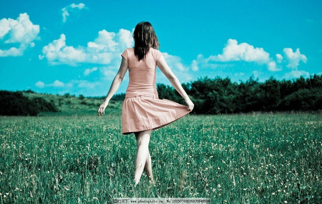 文艺美女 美女背影 唯美少女 美女 少女 背影 唯美背影 情感 青春