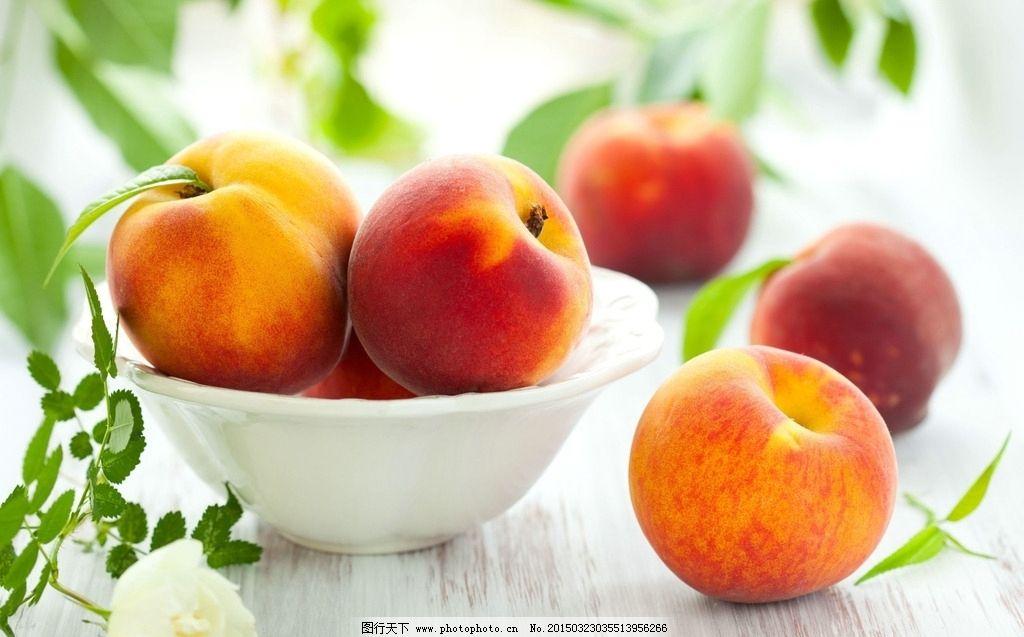 彩铅桃子画法步骤