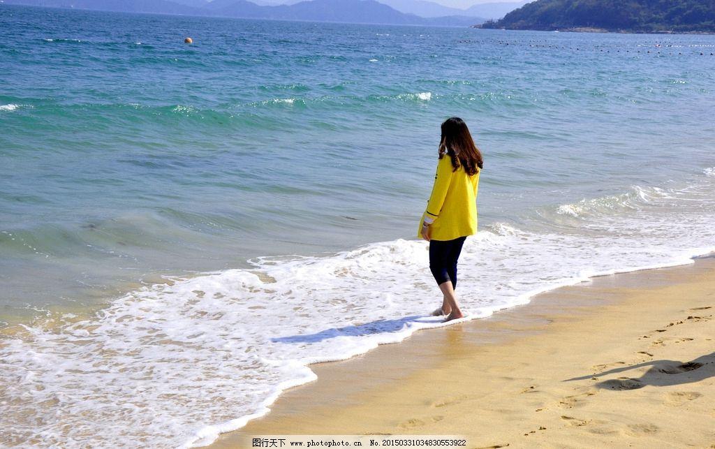 凯迪拉克srx海边照片